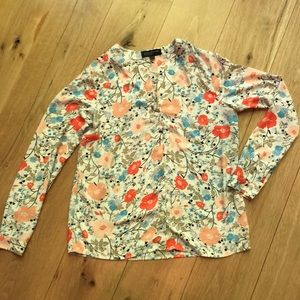 Beautiful Floral Top by Jones New York Size 4